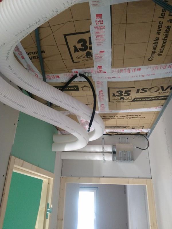 pose d 39 une vmc double flux dans un immeuble passif rennes. Black Bedroom Furniture Sets. Home Design Ideas